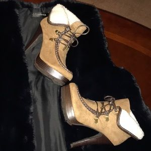 JUST FAB BOOTIES HIGH HEELS UNIQUE STYLE SIZE 6
